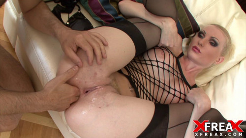 DOWNLOAD from FILESMONSTER: fisting and dildo Jenny Simpson Jenny in Vaginal Fisting