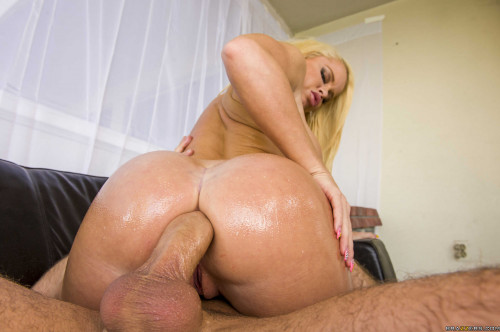 Very Wet And Messy Sex Action