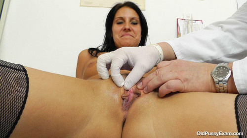 DOWNLOAD from FILESMONSTER: unusual Ruby (48 years woman gyno exam)
