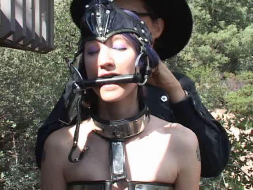 Ponygirl Rodeo BDSM