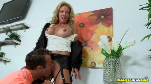 DOWNLOAD from FILESMONSTER: mature milf Raquel Sultra Sultry Raquel (2015)