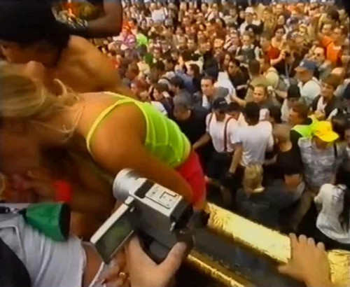 DOWNLOAD from FILESMONSTER: public sex Love Parade