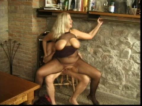 DOWNLOAD from FILESMONSTER: mature milf Over 40 spritz mir alles rein
