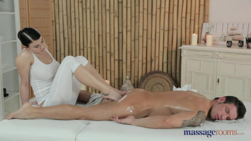 Lucy Li on Marek Massage