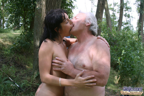 DOWNLOAD from FILESMONSTER: mature milf Fishing for Girls