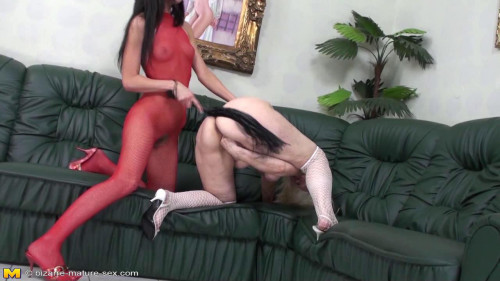 DOWNLOAD from FILESMONSTER: fisting and dildo Hot lesbians girls fisting a mature slut!