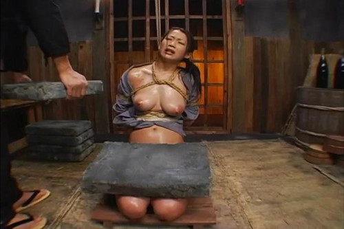 Torture Female Prisoner BDSM
