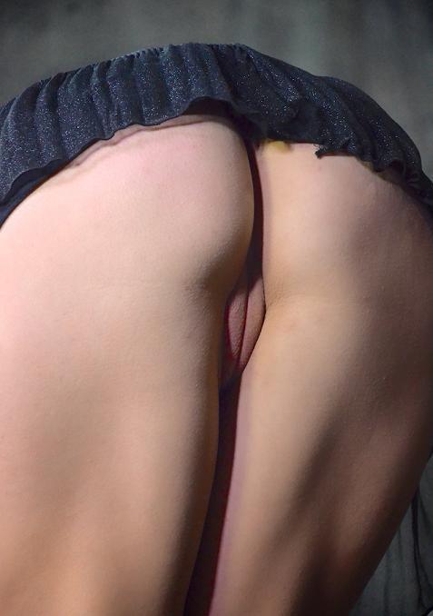 Tiny Amber Rayne takes on massive 10 inch BBC, hardcore anal