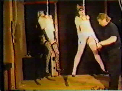 SlaveSex tied