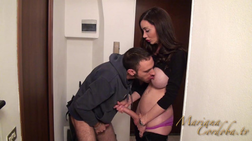 DOWNLOAD from FILESMONSTER: transsexual Gets Her Massive Blowjob