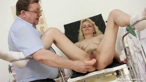 DOWNLOAD from FILESMONSTER: unusual Isabela (47 years woman gyno exam)