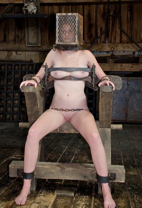 Ashley's beautiful ass hasn't gotten the attention it deserves BDSM