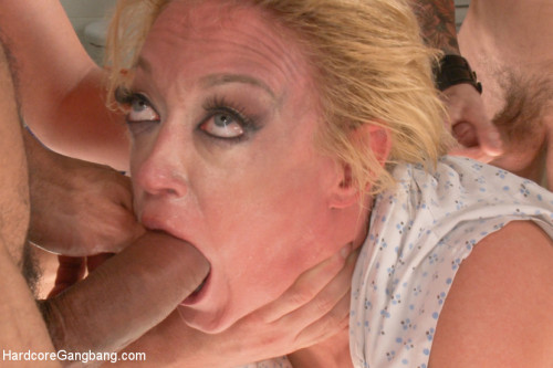 DOWNLOAD from FILESMONSTER: orgies Doctor, Doctor! Darling feigns an illness to get stuffed air tight!