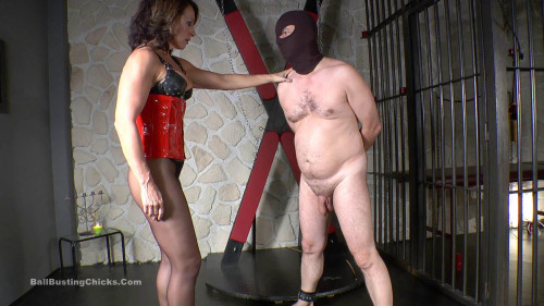 Inessa – Most Brutal Testicle Punishment