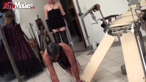 Slave in the gyno chair Femdom and Strapon