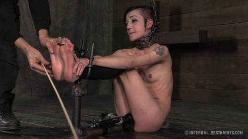 Bunny Doll – Bad Bunny – BDSM, Humiliation, Torture