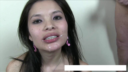 Asian who loves to suck