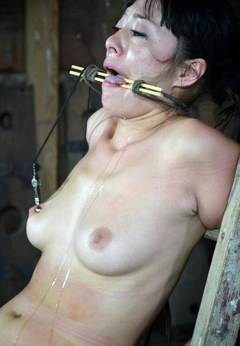 Best torture for Japanese women BDSM