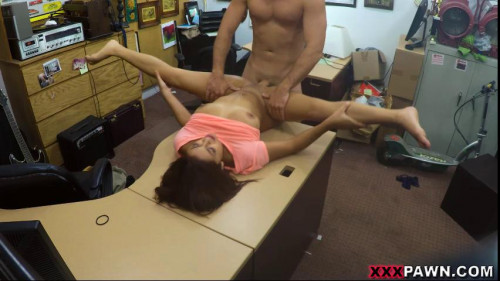 Home run audition in the XXX Pawn Shop (05.11.2016)