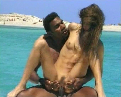 DOWNLOAD from FILESMONSTER: interracial Interracial boat fun