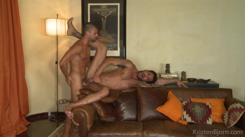 DOWNLOAD from FILESMONSTER: gays On the Prowl Scene 14
