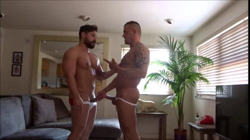 Bricklayers 1001 - Stephen is Topped Gay Clips