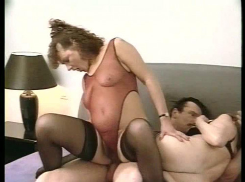 DOWNLOAD from FILESMONSTER: retro Mit Women Im Bett Part 2