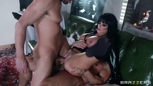 DOWNLOAD from FILESMONSTER: threesome Sexy Hottie With Really Out Of This World Tits