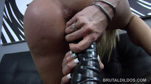 DOWNLOAD from FILESMONSTER: fisting and dildo Amy