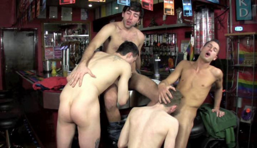 DOWNLOAD from FILESMONSTER: gay full length films Everyone Does Jason