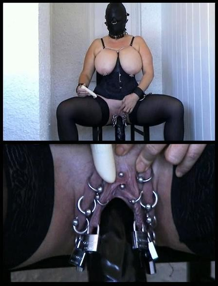 DOWNLOAD from FILESMONSTER:  BDSM Extreme Torture  Dangerous dildo for dangerous pussy