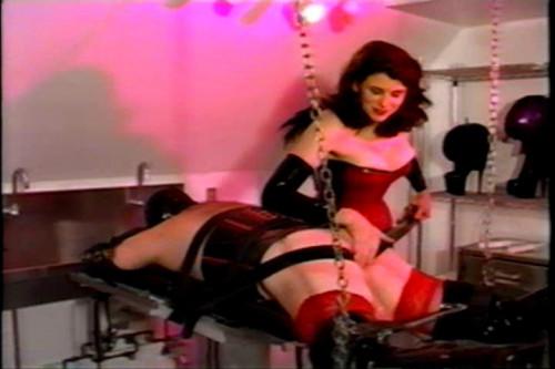 Amanda Wildefyre's Rubber Slaves BDSM