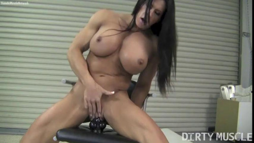 Angela Salvagno - Tool Time Female Muscle
