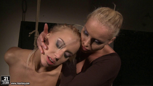 In Kathias grip BDSM