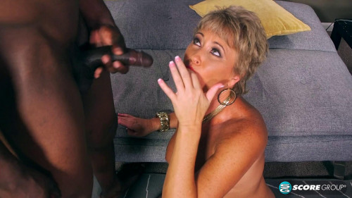 2016-02-18 - Tracy Licks - A special delivery for Tracy`s pussy Interracial Sex