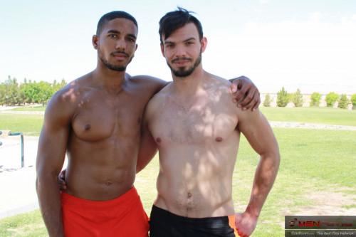 Mike Maverick and Jason Maddox - Freeballin in the Park Gay Clips