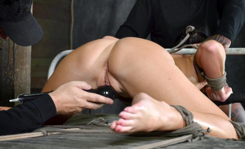 DOWNLOAD from FILESMONSTER: bdsm Made to cum over and over