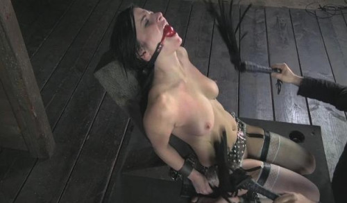 Pussy On The Pole BDSM