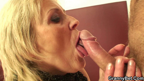 DOWNLOAD from FILESMONSTER: mature milf Choosing the older one