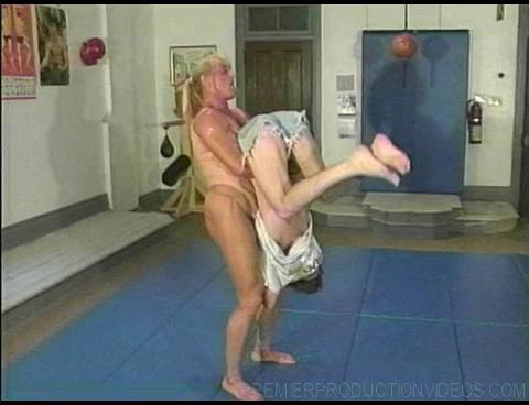 Joanne Lee vs Tom (1995) Female Muscle