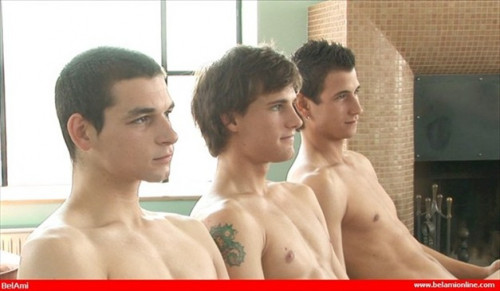 DOWNLOAD from FILESMONSTER: gays 3 Way Jerk Help A Buddy Out