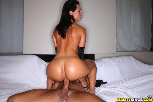 Extravagant Sexy Lady With Amazing Big Tits Big Tits