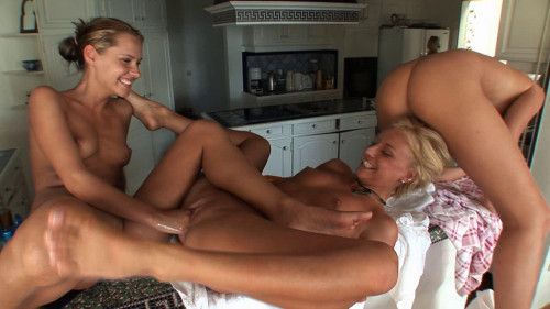 DOWNLOAD from FILESMONSTER: fisting and dildo Three Sexy Teens Fisting Each Other Part 2