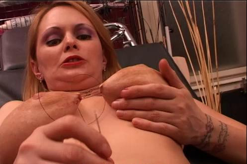 Blonde Tits and Pussy Lips Torture (2016)