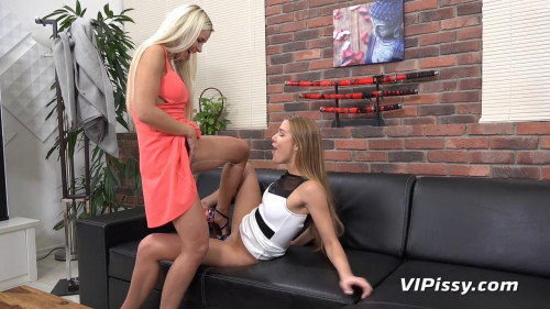 Perfect Piss Day – Alexis Crystal and Dido Angel