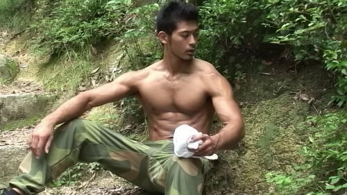 Japanese Boxer - Ken Watari (muscles) Asian Gays