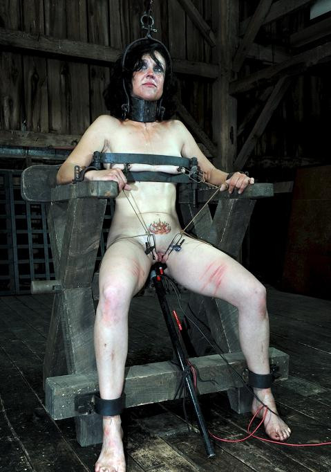 DOWNLOAD from FILESMONSTER: bdsm Throne of pain