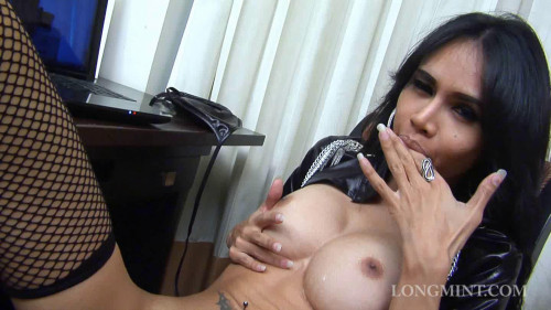 DOWNLOAD from FILESMONSTER: transsexual Long Mint – Wathing Porn
