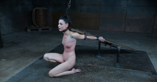 India Summer-Calisthenics(BDSM)