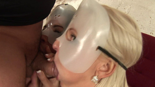 Having a masked threesome Bisexuals